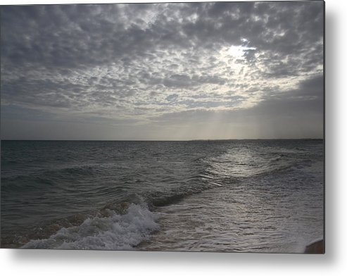 Sea Metal Print featuring the photograph Seascape by Masami Iida