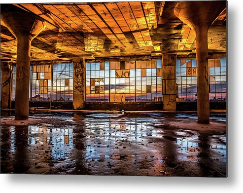 Sunset Metal Print featuring the photograph Abandoned Sunset by Robert Sammons