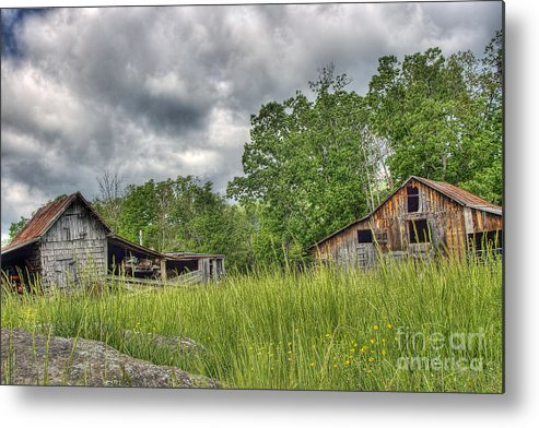 Virginia Metal Print featuring the photograph About To Storm by Pete Hellmann