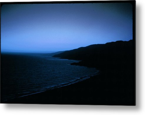 Metal Print featuring the photograph Another Day Light by Robert Larson