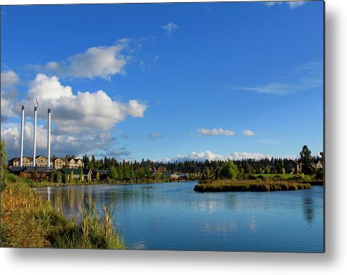 Bend Metal Print featuring the photograph Beautiful Bend by Brian Eberly
