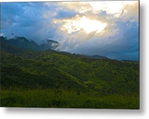 Wainae Mountain Range Metal Print featuring the photograph Breakthrough by Jackie Dorr