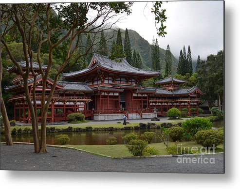 Byodo-in Temple Metal Print featuring the photograph Byodo-in Temple by Randy Edwards