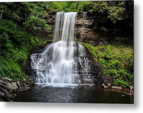 Metal Print featuring the photograph Cascades by Ian Vales