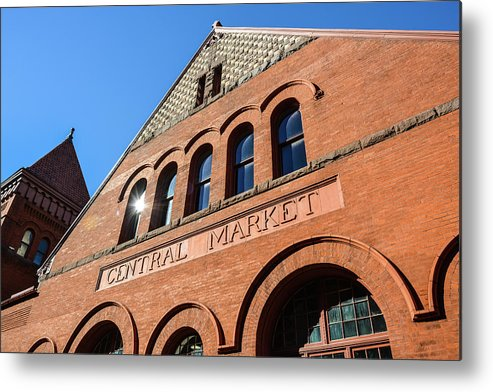 Central Market Metal Print featuring the photograph Central Market Lancaster Pennsylvania by Tana Reiff