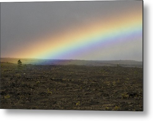 Hawaii Metal Print featuring the photograph Chain Of Craters by Shawn Young