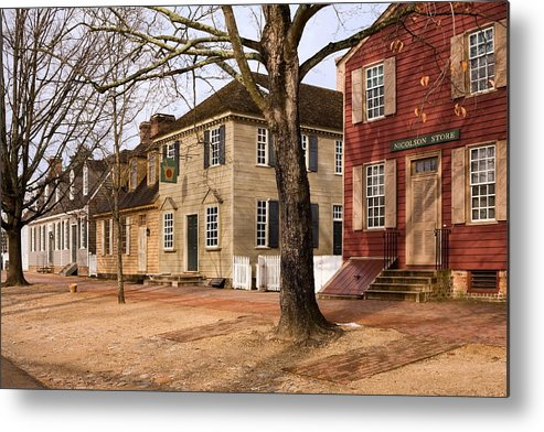 Duke Of Gloucester Street Metal Print featuring the photograph Colonial Street Scene by Sally Weigand
