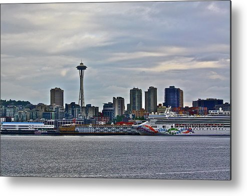 Cruise Metal Print featuring the photograph Cruise Ahead by Diana Hatcher