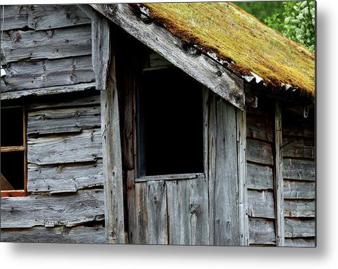Old House Metal Print featuring the photograph Dark Window by Tracy Anderson