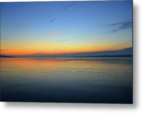 Abstract Metal Print featuring the photograph Dawn At Kempenfelt Bay Five by Lyle Crump