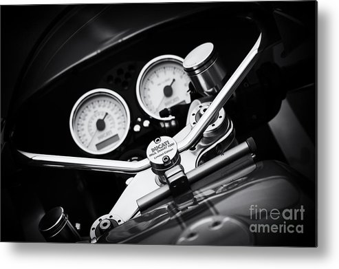Ducati Paulsmart 1000 Le Metal Print featuring the photograph Ducati Ps1000le Detail by Tim Gainey