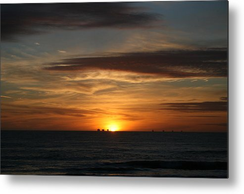 Sky Metal Print featuring the photograph End Of Day by Greg Caldwell