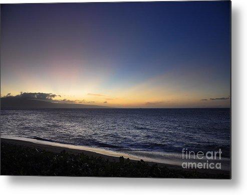 Maui Metal Print featuring the photograph Eternal Light by Rosy Kueng