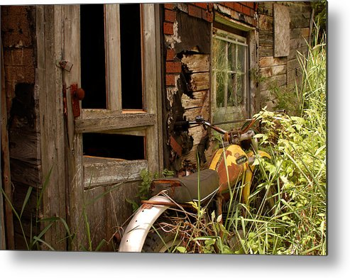 Old Buildings Metal Print featuring the photograph Forgotten by Linda McRae