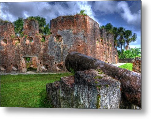 Hdr Metal Print featuring the photograph Fort Island by Marco Farouk Basir