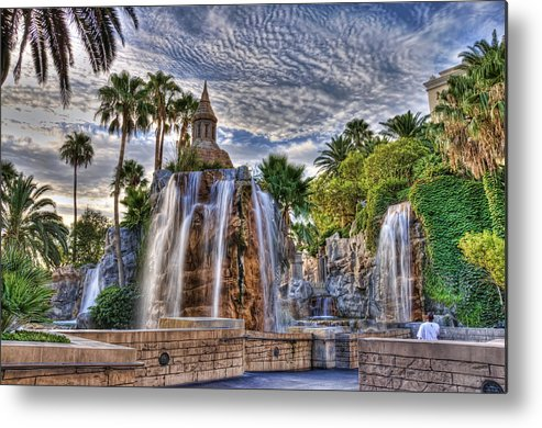 Hdr Metal Print featuring the photograph Fountain Walk by Dean Traiger