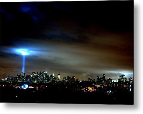Light Metal Print featuring the photograph Guiding Light by Brian Vitagliano