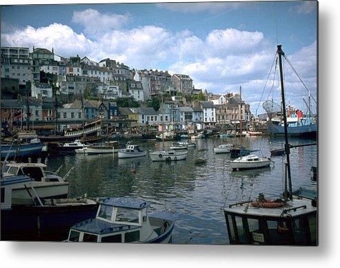 Great Britain Metal Print featuring the photograph Harbor by Flavia Westerwelle