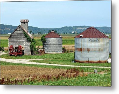 Farm Metal Print featuring the photograph Ilini Farm by Marty Koch