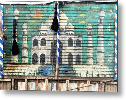 Metal Print featuring the photograph Indian Truck Art 3 - Taj Mahal by Kim Bemis