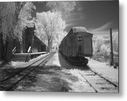 Black And White Metal Print featuring the photograph Infrared Train by Carl Hinkle