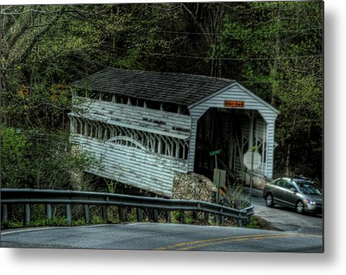 Valley Forge Covered Bridge Metal Print featuring the photograph Knox Bridge by Laurie Prentice