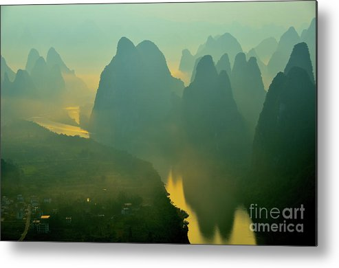 Li River Metal Print featuring the photograph Li River At Dawn by Yinguo Huang