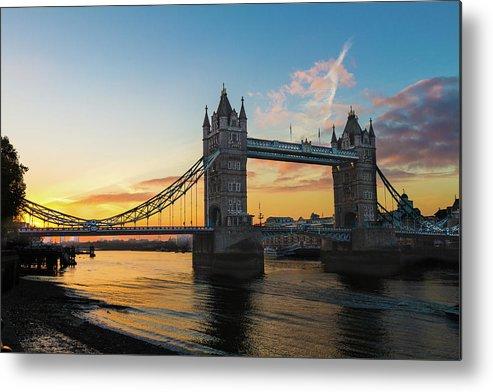 Bridge Metal Print featuring the photograph London Sunrise by Robert Stasio