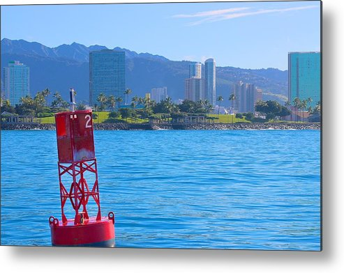 Kakaako Waterfront Park Metal Print featuring the photograph Looking Back by Jackie Dorr