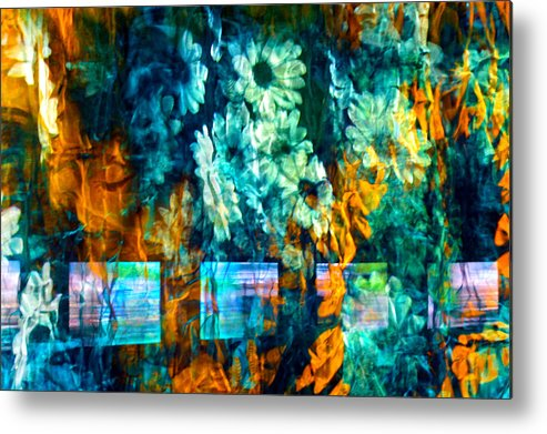 Abstract Metal Print featuring the photograph Malerische - Picturesque by Linda McRae