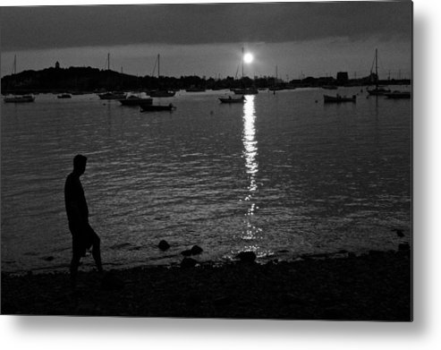 Black And White Metal Print featuring the photograph Man At Sunset by Gene Sizemore