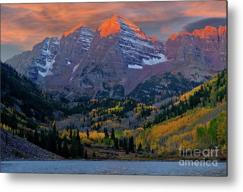 Aspen Metal Print featuring the photograph Maroon Bells Sunrise by Kenneth Eis