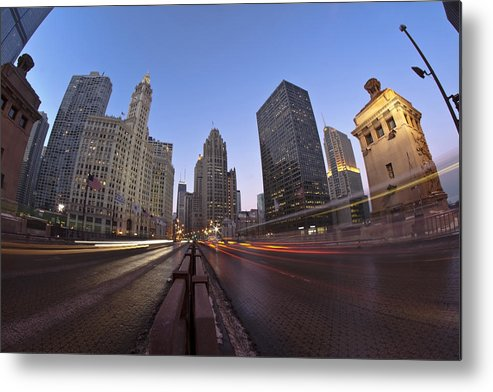 Metal Print featuring the photograph Michgan Avenue Action by Sven Brogren