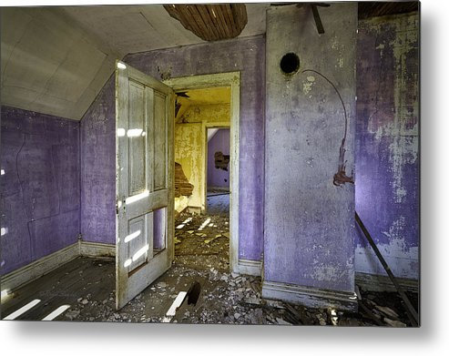 Beautiful Photos Metal Print featuring the photograph Old House 2 by Roger Snyder
