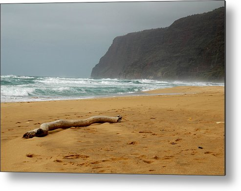 Beach Metal Print featuring the photograph Polihale State Park by Kathy Schumann