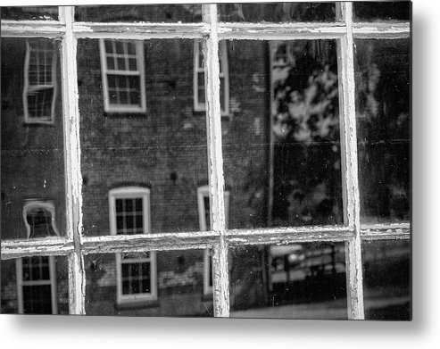 Monochrome Metal Print featuring the photograph Reflecting History by Mike Cox