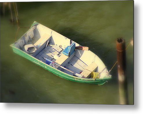 Carcinas Bridge Metal Print featuring the photograph Row Row Row Your Boat by Kerry Reed
