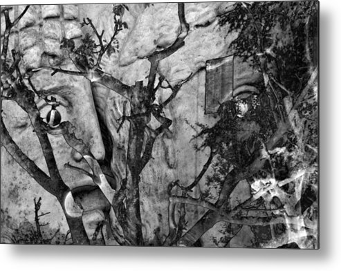 Digital Art Metal Print featuring the photograph Screaming Statue by Munir Alawi