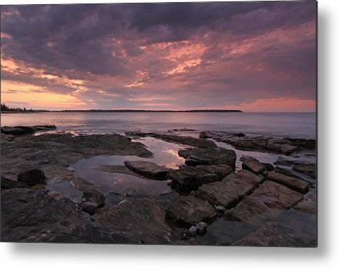 Seawall Metal Print featuring the photograph Seawall by Juergen Roth