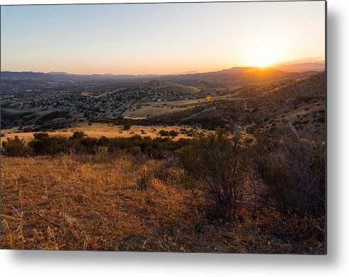 Simi Metal Print featuring the photograph Simi Valley by Justin Pernas