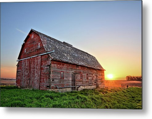 Barn Metal Print featuring the photograph Sunrise Barn by Bonfire Photography