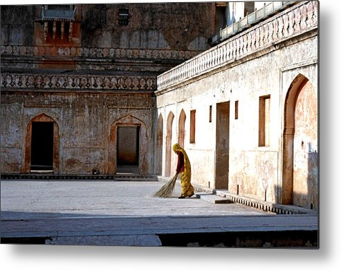 India Metal Print featuring the photograph Sweeping Inside Of Amber Palace by Diana Davenport