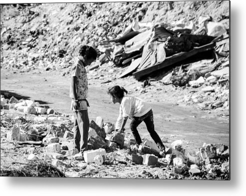 Hurghada Metal Print featuring the photograph The Find by Jez C Self