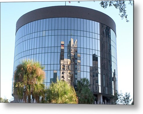 Round Metal Print featuring the photograph The Round Building In Orlando by Carl Purcell