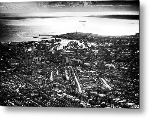 Aberdeen Metal Print featuring the photograph The Silver City by Colin Shearer