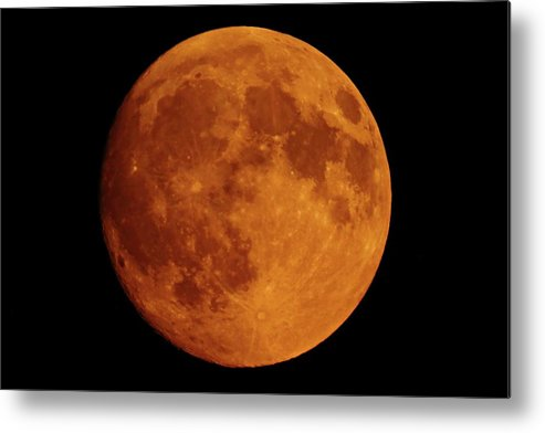 Wildfires Metal Print featuring the photograph The Smoky Moon by Marcelo Albuquerque