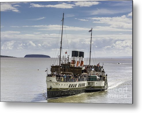 The Waverley Paddle Steamer Metal Print featuring the photograph The Waverley 2 by Steve Purnell