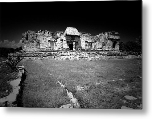 Landscapes Metal Print featuring the photograph Tulum Market Square by Tom Fant