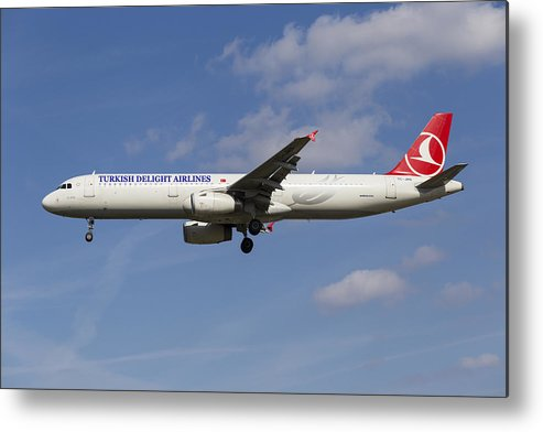 Turkish Delight Metal Print featuring the photograph Turkish Delight Airlines Airbus A321 by David Pyatt