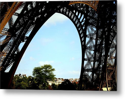 Eiffel Tower Metal Print featuring the photograph Under The Eiffel Tower by Chuck Kuhn